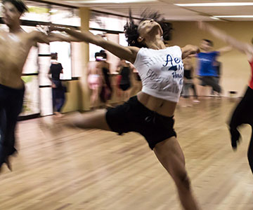 Adult Movement class image